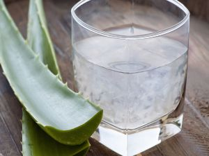18-1390025665-aloe-vera-juice-health-benefits